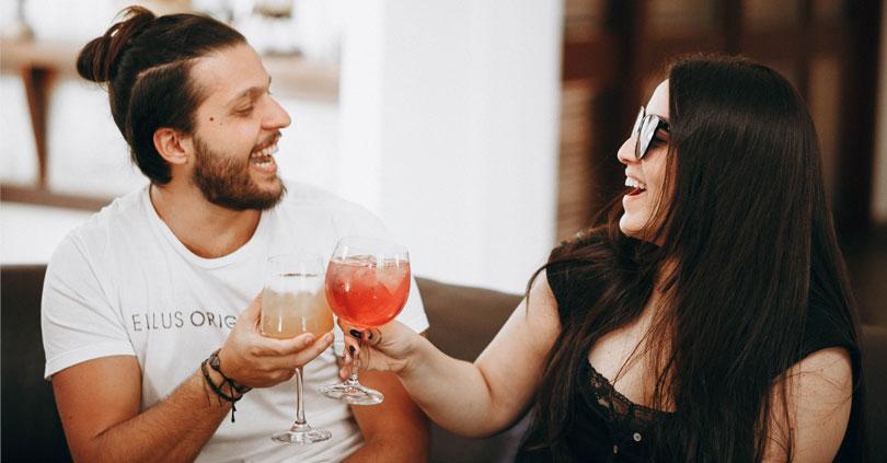 Det er i din bedste interesse at være ærlig på din dating-profil