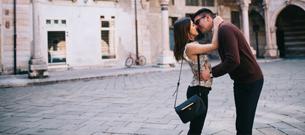 Ti ting du bør vide når du dater lave kvinder